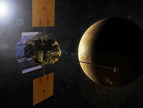 An Artists Impression of MESSENGER<br /><br /><br /><br /> Orbiting Mercury